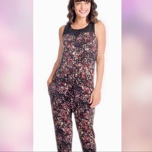 BCBG jumpsuit abstract floral print w/pockets NWT